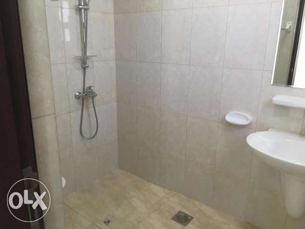 brand new flat for rent in al ozaiba بوشر -  4