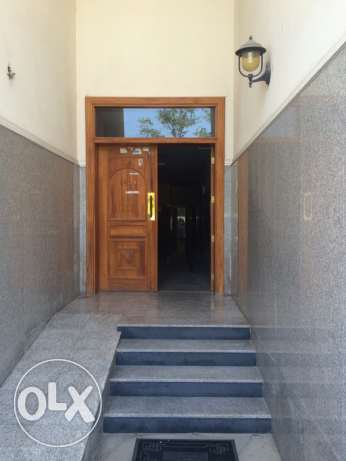 Flat for rent in Madinat Sultan qaboos مسقط -  1