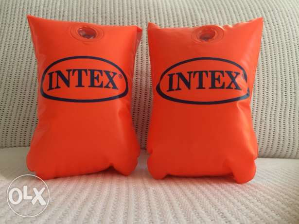 Intex armrests