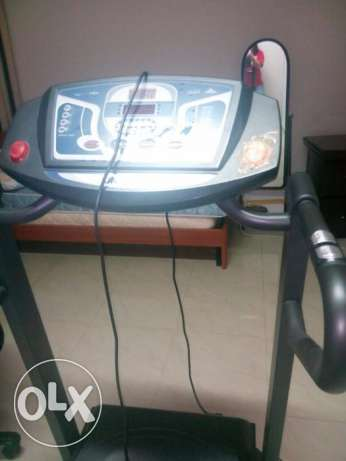 Treadmill for sale 100 OMR Good condition