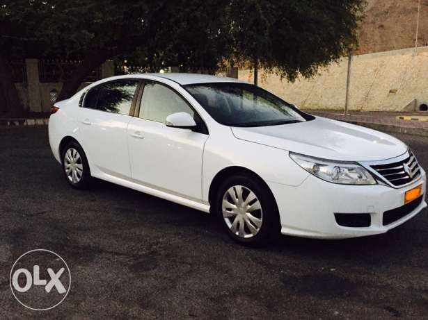 2012 Renault Safrane Expat used in excellent condition service history مسقط -  2