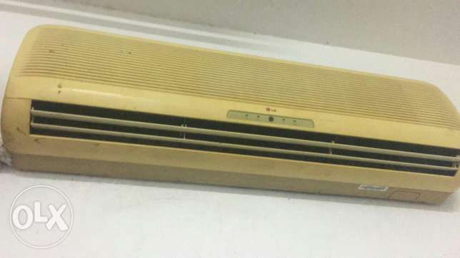 2Ton split a/c good working condition