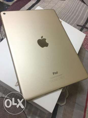 Apple iPad Air 2 16GB Wifi Gold color 100% clean condition مسقط -  3