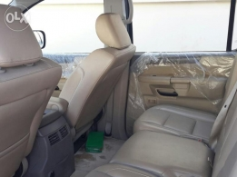 nissan armada LE full optaion 2011 - free accedent