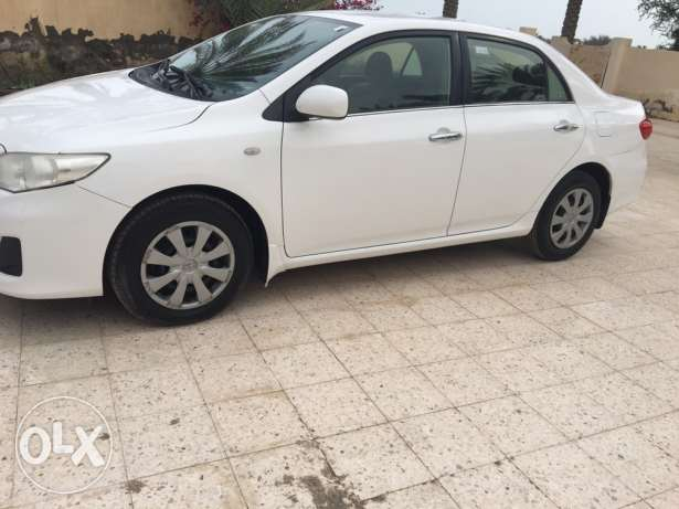 corrola 2013 full option 1.8 good condition