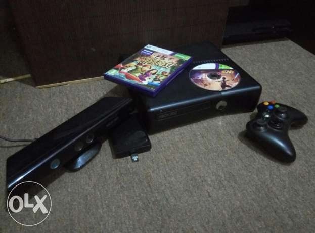 xbox 360 with kinect- modded مسقط -  1