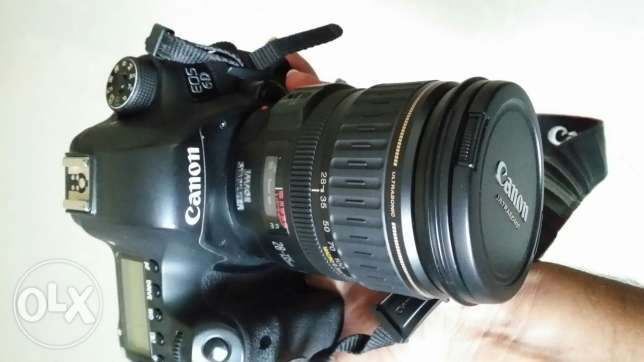 Canon 6d camera with 28 135 mm wide angle lens in good condition