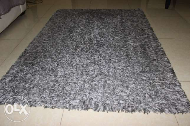 Centre table & Carpet for sale ( together or separately) مسقط -  2