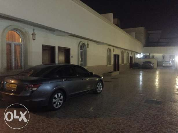 half villa for rent in al mawaleh south phase 2 مسقط -  1