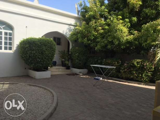 Shatti Qurum 6 BR private villa for rent. مسقط -  4
