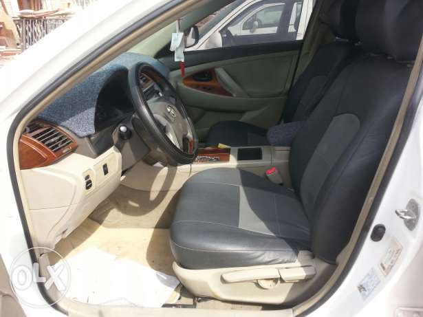 Toyota camry 2009 model. price 2000 or slightly negotiatabl السيب -  7
