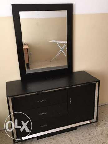 bed, cupboard, dressing table, TV, refrigerator, washing machine مسقط -  4