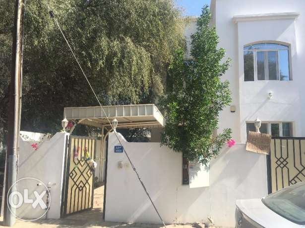 villa for rent in al ghobra