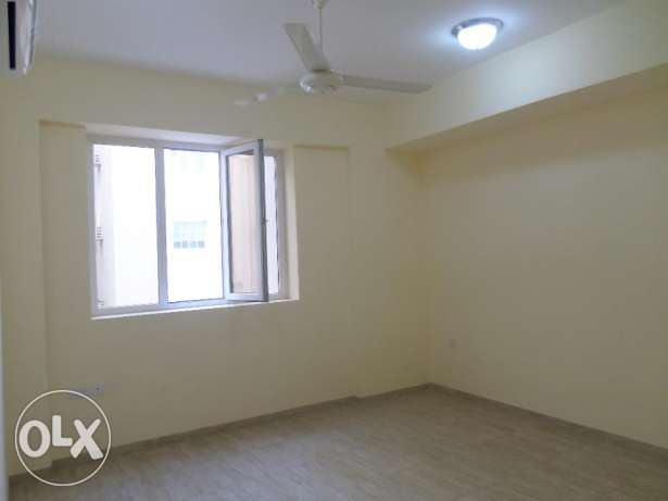 2 BR Elegant Flats in North Ghubrah (for bachelors also) بوشر -  6