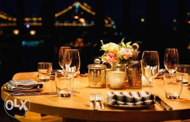experience 10 years of the management of restaurants
