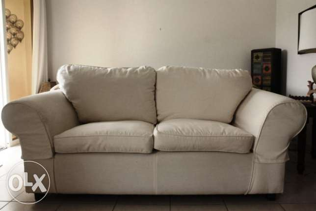 2-seater sofa and 2 armchairs
