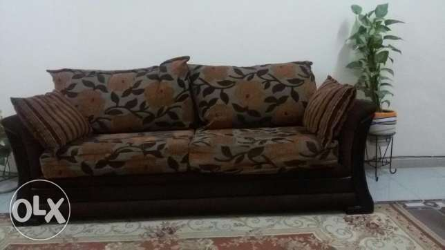Seven seater sofa set in good condition