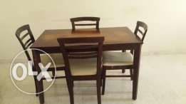 Dinng table with chair