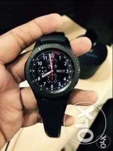 Samsung Gear S3 Frontier with full kit