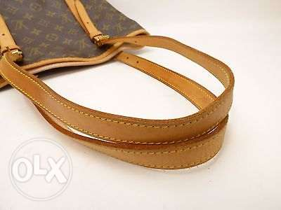Great offer. Vintage Louis Vuitton GM Bucket Bag مسقط -  5