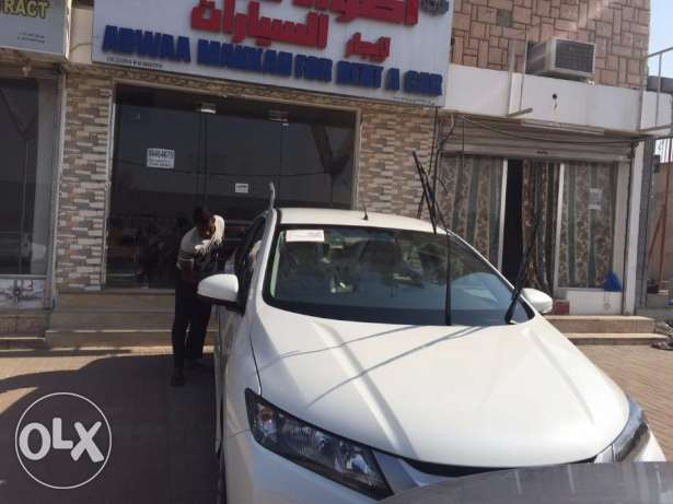 Daily Rent Luxury Salon cars for omanis &expats& visitors Luxury New مسقط -  5