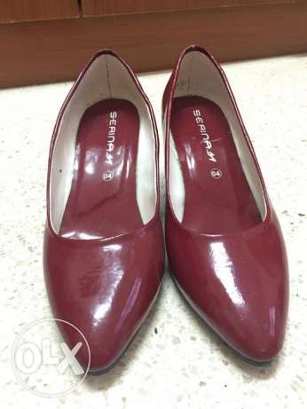 Brand new and used heals مسقط -  2