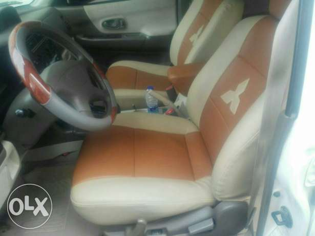 4×4 Mitsubishi 2009 full automatic No 1 original paint free accidents بوشر -  7