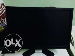 "DELL 19""LCD for sale in good condition"