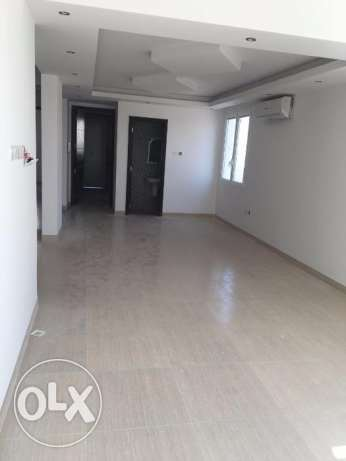 Azaiba - Brand New 5 Bedroom Townhouse in a Complex مسقط -  2