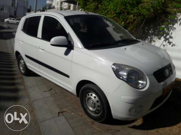 kia picanto 2011 original paint in excellent condition low mileage مسقط -  2