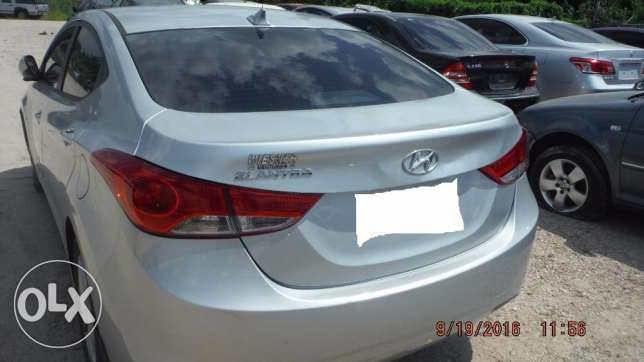 Imported 2013 Hyundai Elentra (PRICE NEGOTIABLE!) مسقط -  3