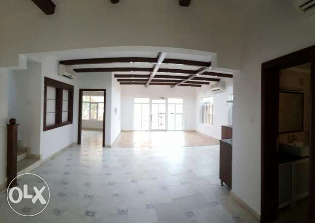 Beautiful Villa For Rent in Bousher Hight
