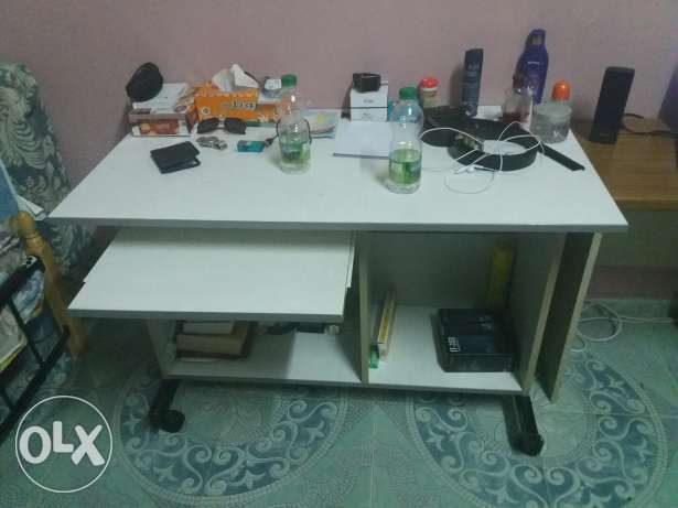 Office/ Computer table