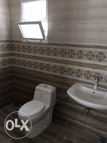 a new villa for rent in al khod 6 just for 600 rial السيب -  2