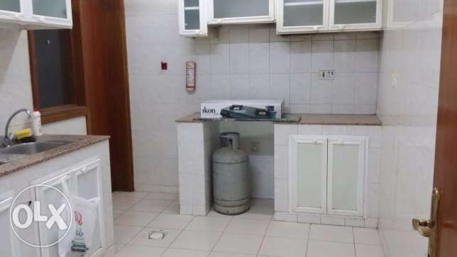 One Bedroom with separate bathroom sha. kitchen Rawasco Al Khuwair. مسقط -  1