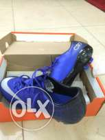 soccer shoes CR7 size 38