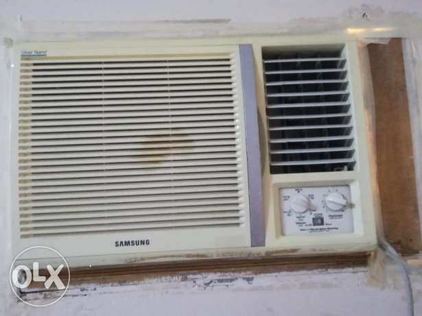 2 ACs for sale in extremely good condition