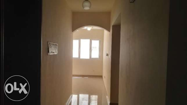 2 BHK Apartment with balcony opposite Panorama Mall مسقط -  1