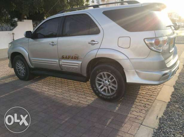 Toyota Fortuner 2013 (4.0) GCC Car (Exclusive Edition) مسقط -  7