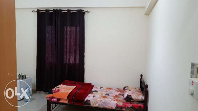 Fully Furnished Bed Space with Attached Toilet Available in Azaiba