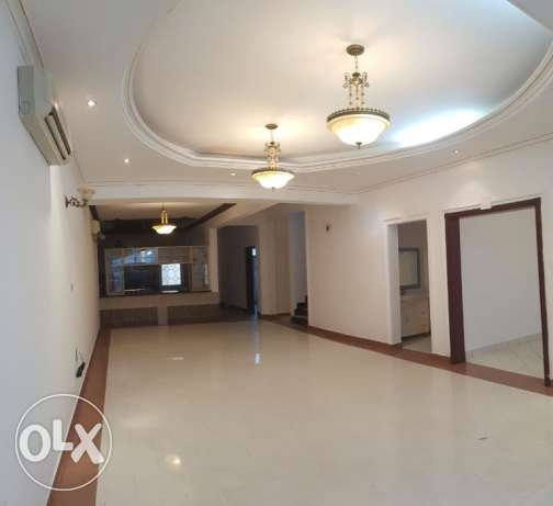 KA 981 Villa 5 +1 BHK in Athaiba for Rent