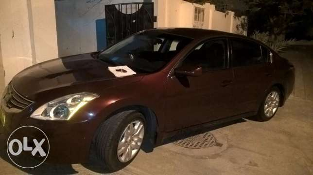 NISAAN ALTIMA 2.5 S - 2011 Model with Blue Tooth - Full Automatic السيب -  2