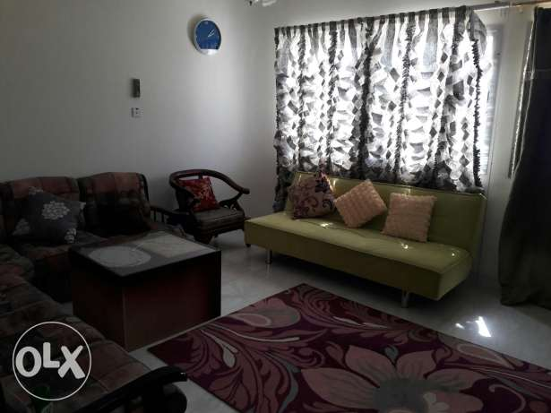furnished bedroom for lady in Alkhwair near Radisson blue hotel بوشر -  6