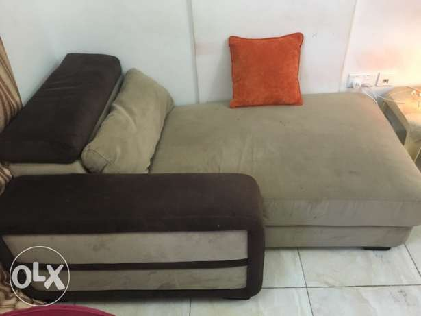sofa 2 seater and bed with holder can be as table sid مسقط -  1