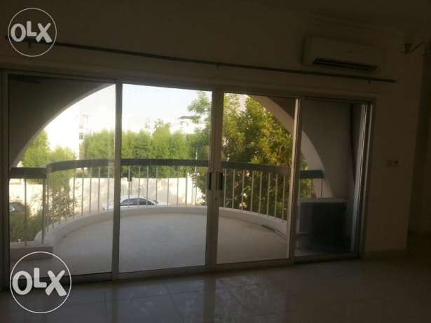 European 5BHK+1Maid villa For Rent in Madinat Ahlam Nr.Brazil Embassy بوشر -  2