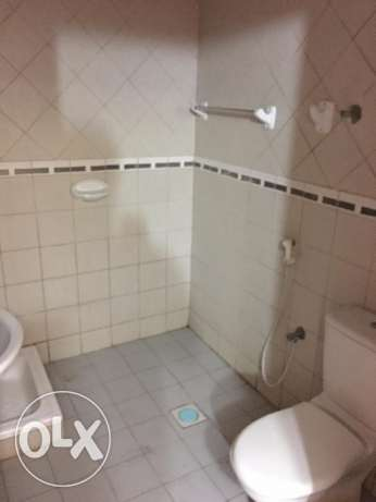 flat for rent in al heil behind dan hipermarket السيب -  4