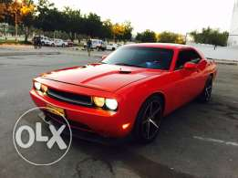 Dodge Challenger 2010 khliji 6.1 manual