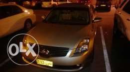 Nissan Altima 2009 for very urgent sale