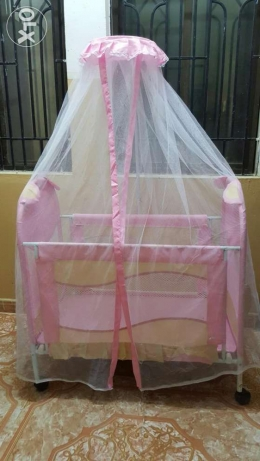 baby cot for sale السيب -  1