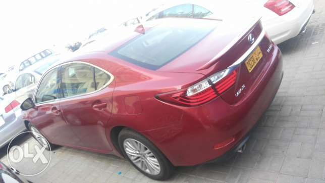 Lexus ES 350 model 2013 cash or finance without payments
